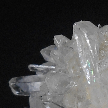パワーストーンの浄化・中国産水晶クラスター・レインボー